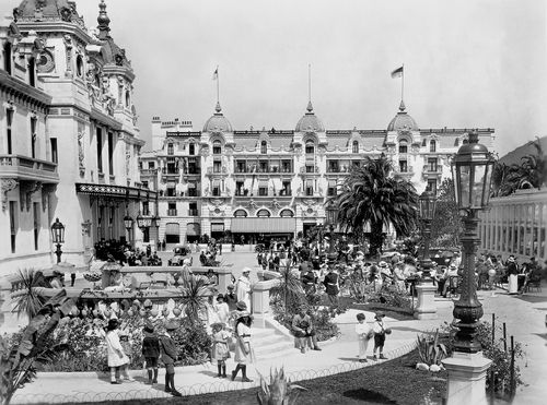 """Von Stroheim's Monte Carlo in """"Foolish Wives""""."""
